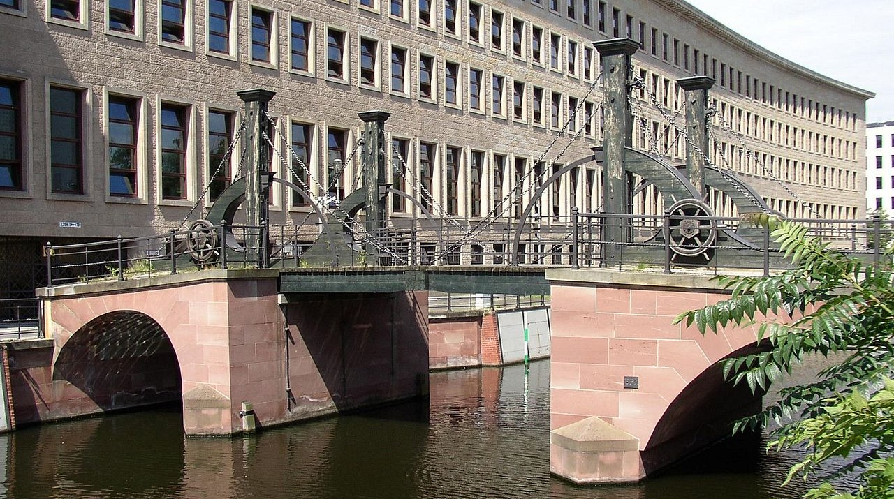 Jungfernbrücke Berlin