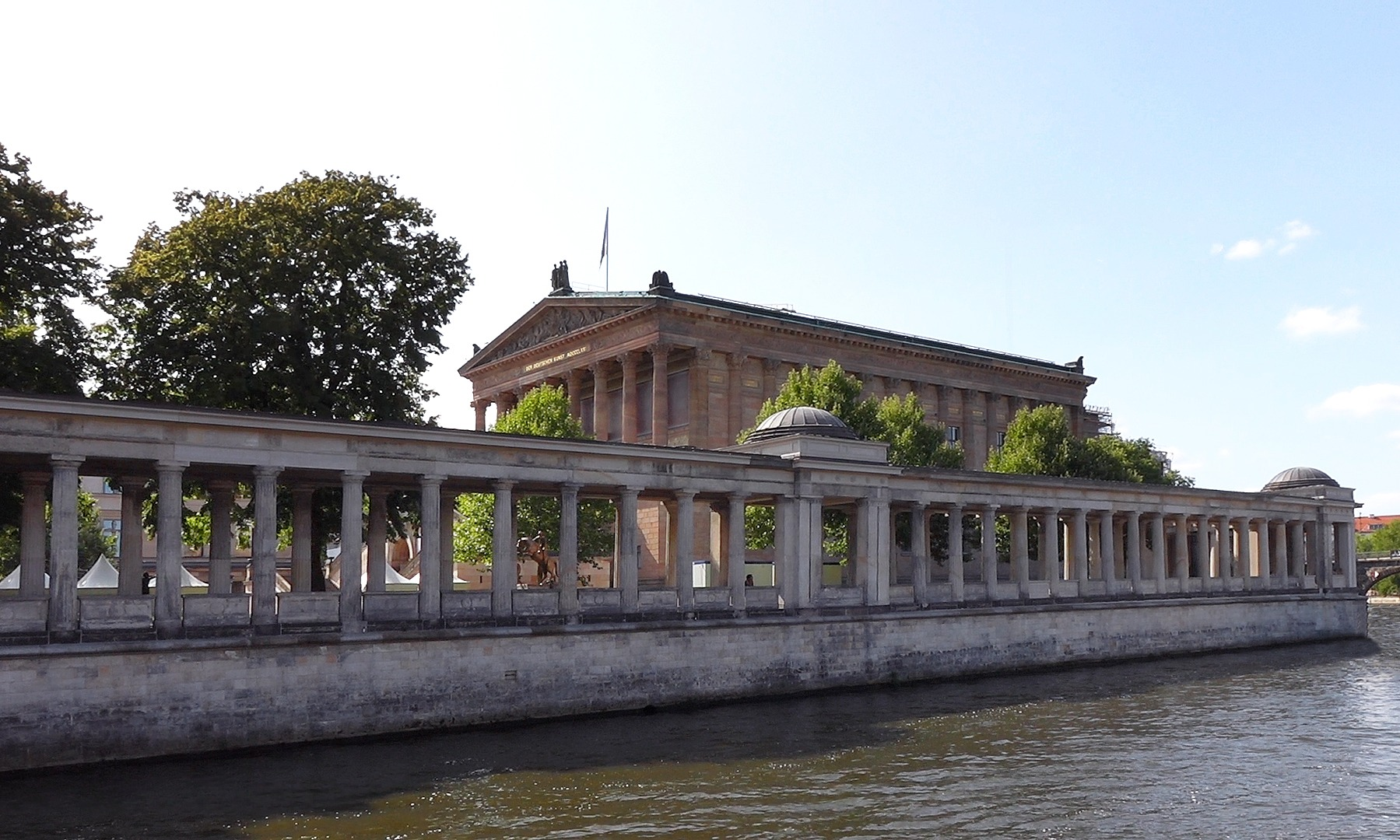 Dampferfahrt Berlin - Alte Nationalgalerie