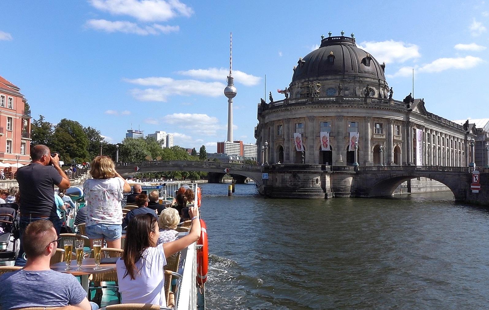 Dampferfahrt Berlin - Bodemuseum