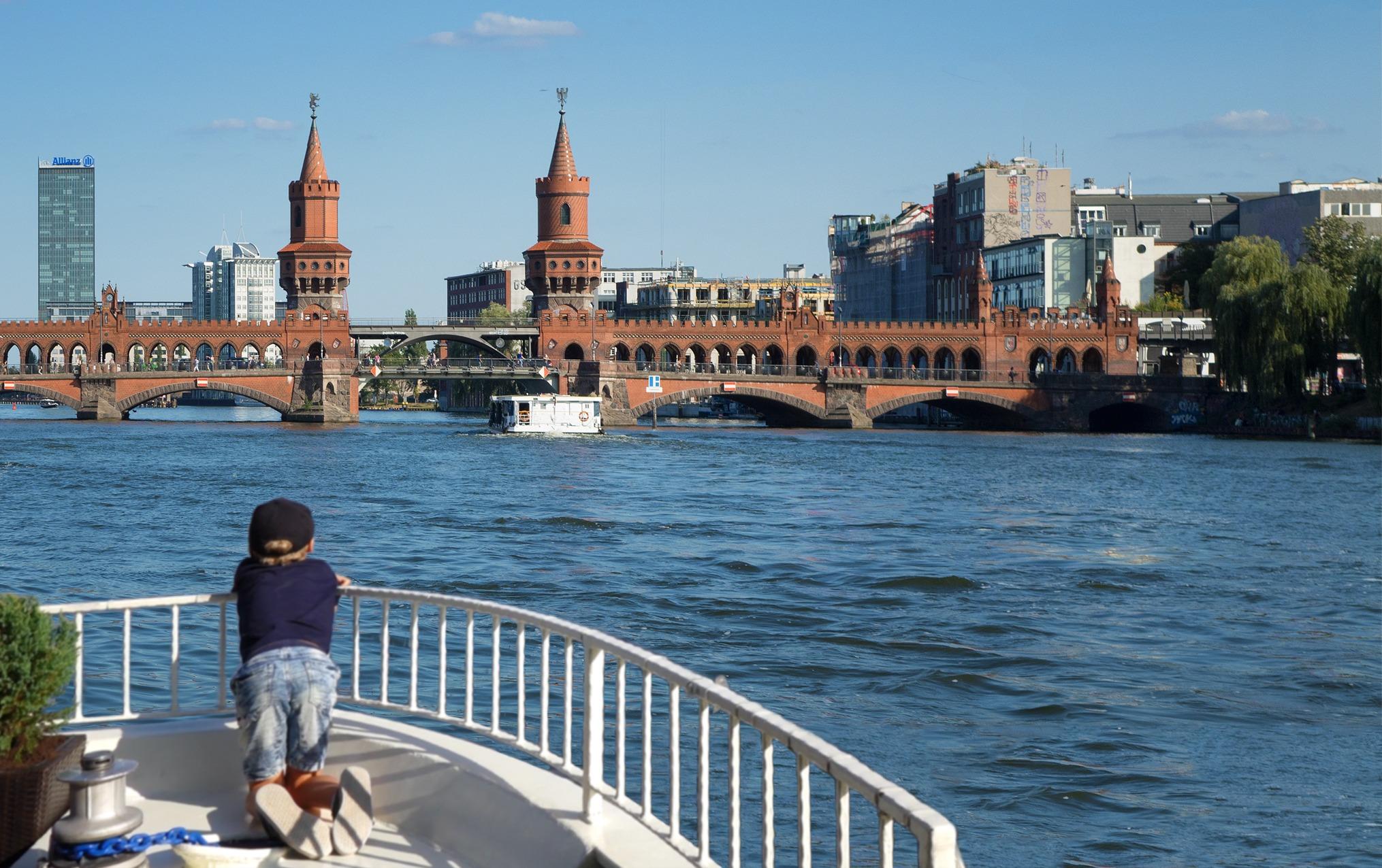 Dampferfahrt Berlin - Oberbaumbrücke