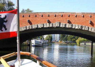 Brückentour Berlin - Dovebrücke