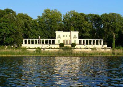 Schifffahrt Berlin Potsdam - Casino Glienicke