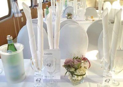 Hochzeitsdekoration auf der Ms Bon Ami - Schiff mieten Berlin