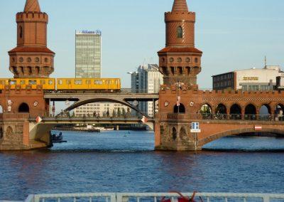 Ms Europa - Oberbaumbrücke - Schiff mieten Berlin
