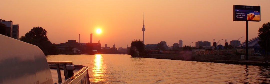 Schiff chartern Berlin – Ein besonderes Erlebnis für besondere Ereignisse