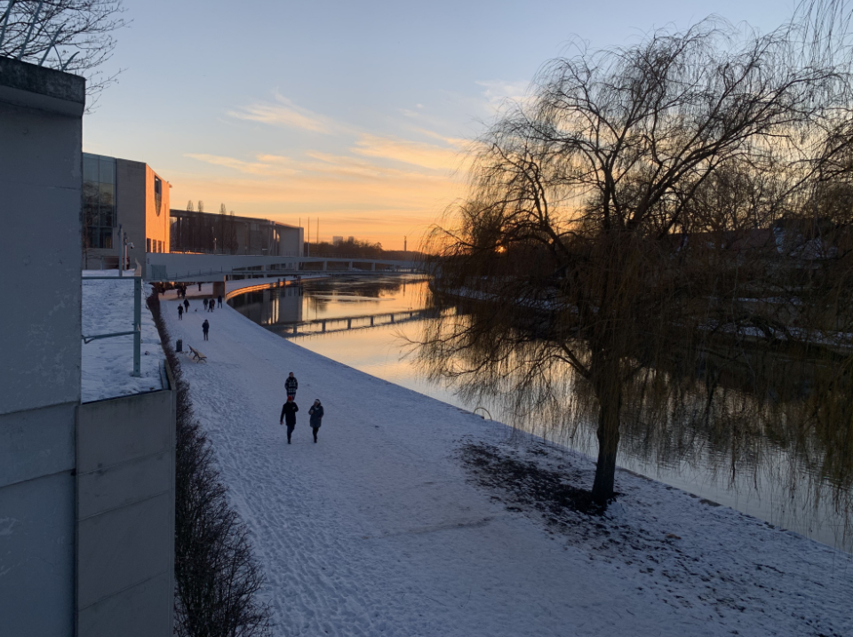 winterspaziergang-berlin-bettina-von-arnim-ufer
