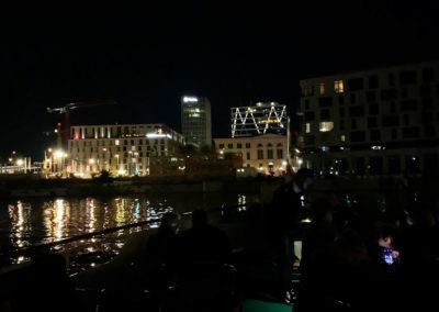 berlin-am-abend-schifffahrt-humboldthafen