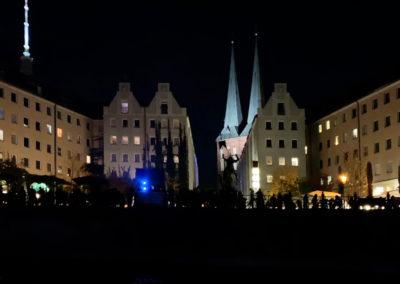 berlin-am-abend-schifffahrt-nikolaiviertel